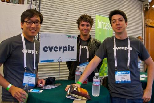 3 důvody proč Everpix končí a Snapchat jede dál