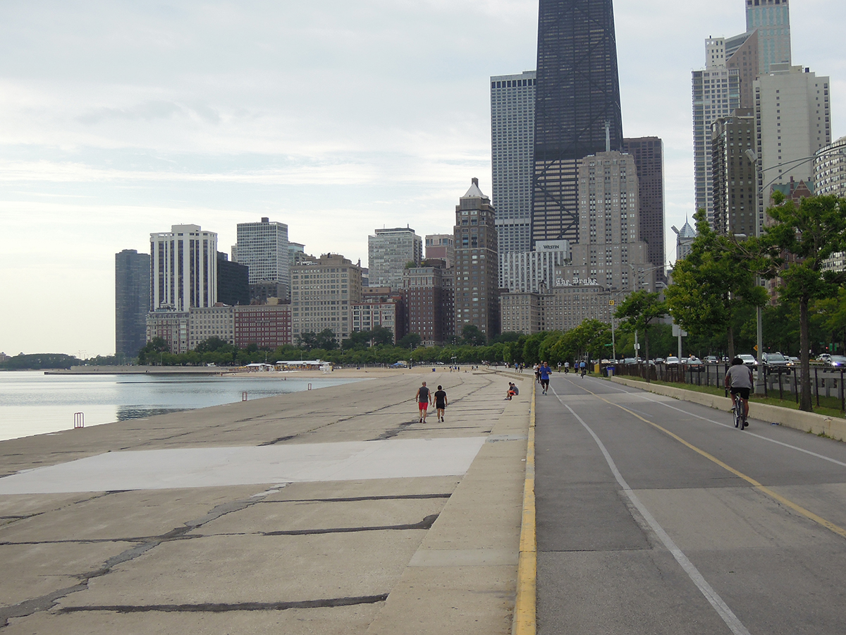 Centrum Chicaga v pozadí…