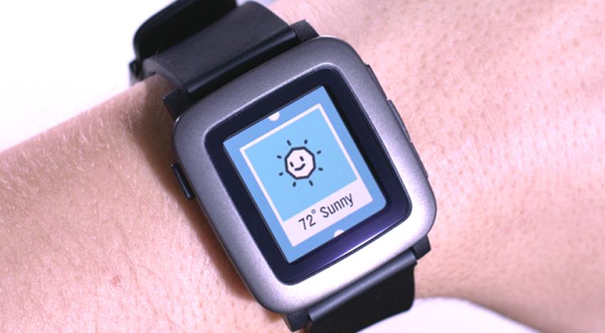 Pebble se vrátil na Kickstarter a s novými hodinkami atakuje hranici 217 milionů korun