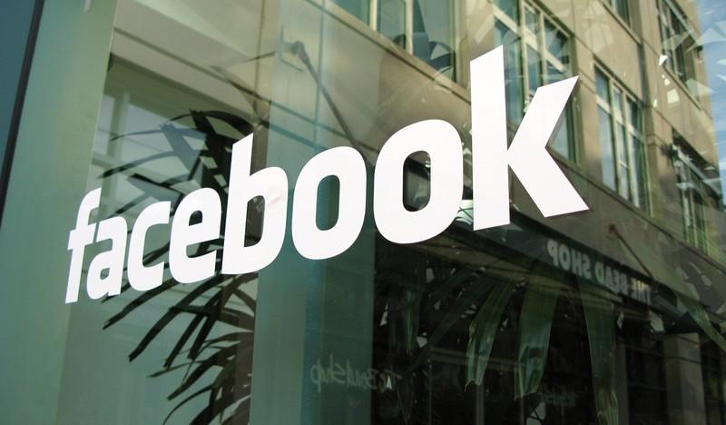 Facebook pomalu a v tichosti útočí na Craigslist a eBay