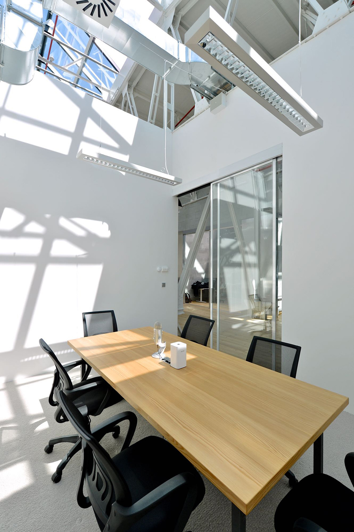 apiary-prague-office-3