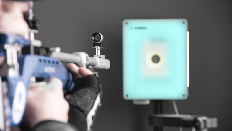 Český startup Mitteo, který chce změnit trh se sportovní střelbou, má předobjednávky za miliony korun