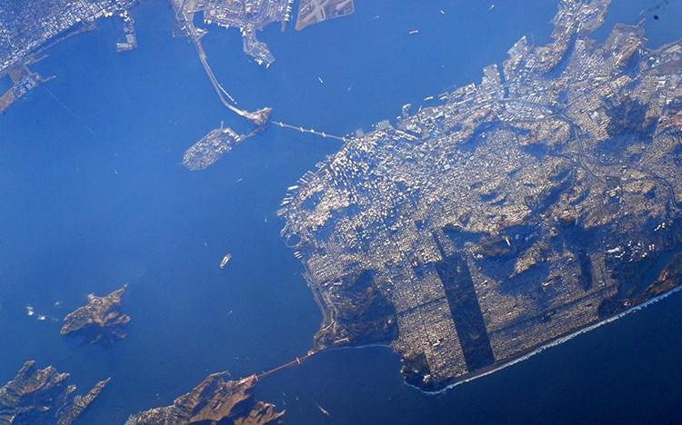 Podívejte se na úžasný záběr San Francisca, který pořídil astronaut NASA