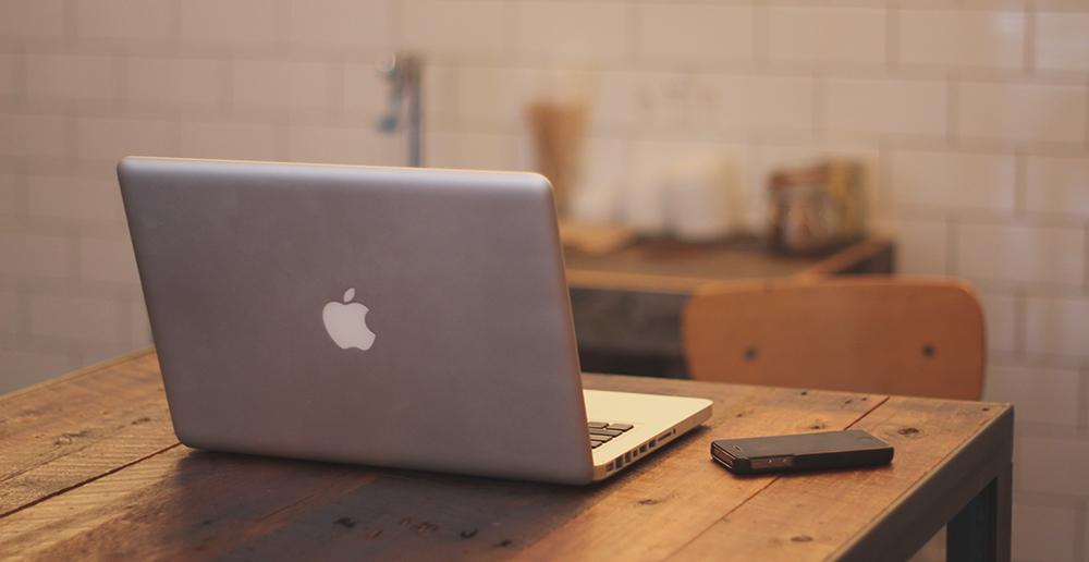 Apple koupil startup zabývající se umělou inteligencí