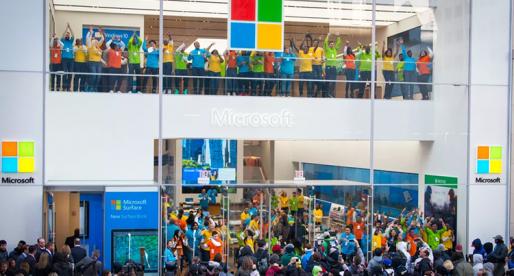 Podívejte se, jak vypadá nový Microsoft Flagship Store inspirovaný obchody Applu