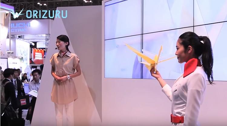 Japonci vyrobili plně funkční létající dron z papíru, který váží pouhých 31 gramů