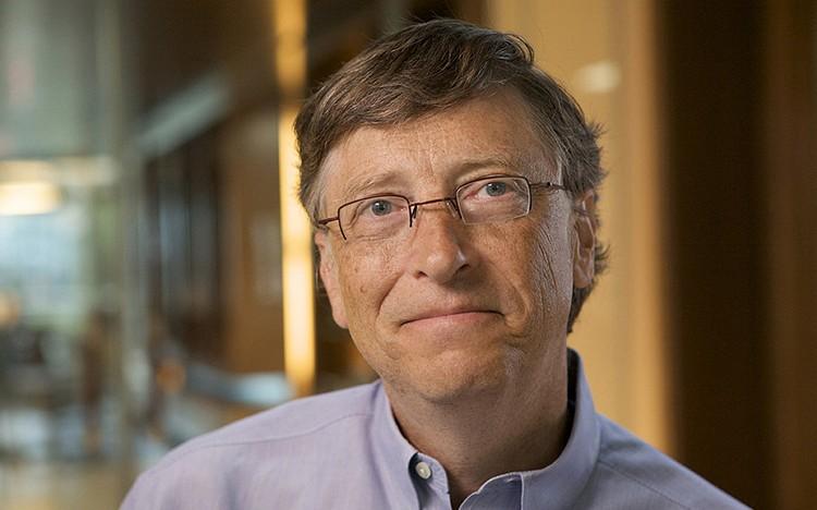 Bill Gates zítra oznámí obří investici do výzkumu zdrojů obnovitelných energií