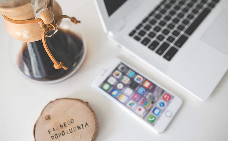 Nová studie ukazuje, kolik času trávíme denně zíráním na obrazovky svých iPhonů
