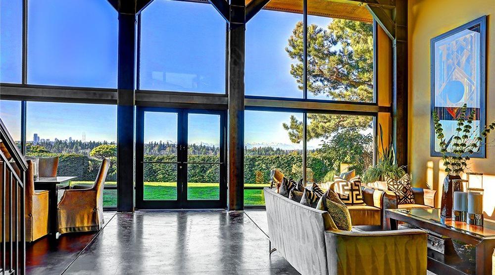 Podívejte se na dům, který šéf Microsoftu prodává za 3,5 milionu dolarů