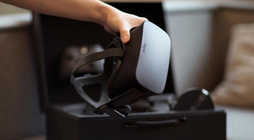 Brýle pro virtuální realitu Oculus Rift jsou konečně k dispozici pro předobjednávky