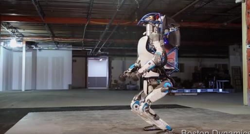 """Kontroverzní společnost vyrábějící roboty, představila nejnovější model svého """"Terminátora"""" (video)"""