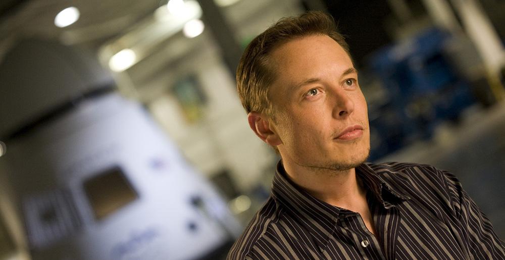 22 knih, které si podle Elona Muska musíte přečíst