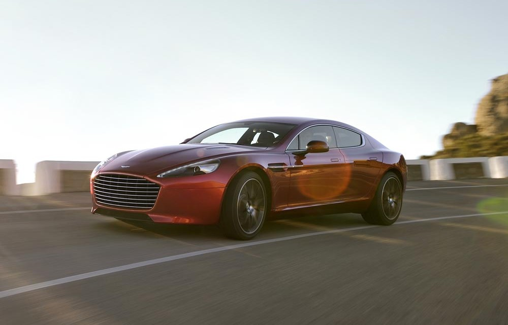 Tajemný startup Faraday Future, který chce konkurovat Tesle, navazuje spolupráci s Aston Martinem