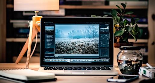 Apple v tichosti vylepšil dvě řady svých Macbooků