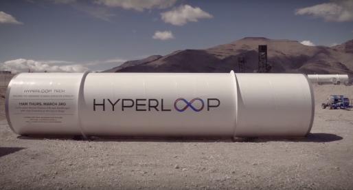 Podívejte se na video z prvního reálného testu hyperloopu, který vymyslel Elon Musk