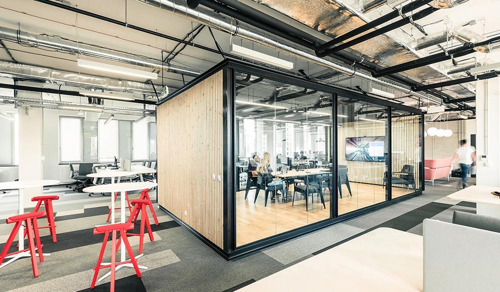 V Praze se otevřel nový escape room EscapeX, za jehož technologií stojí STRV