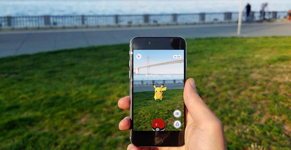 """Nákupní středisko v USA kvůli """"Pokémon mánii"""" otevírá bojovou arénu"""
