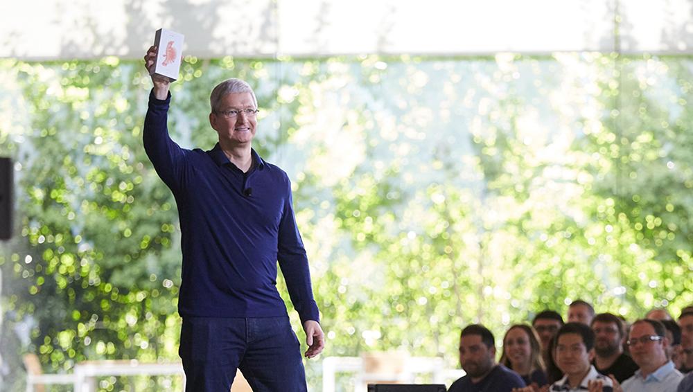 Apple již prodal přes 1,2 miliard iPhonů