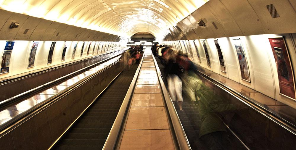 Ve stanicích pražského metra se zřejmě už brzy dočkáme wi-fi