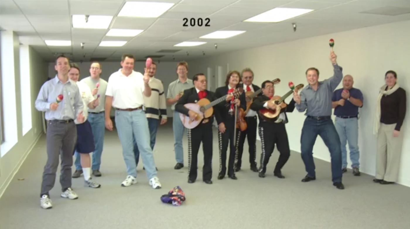 Ukázka toho, jak se SpaceX vyvinul od roku 2002, kdy začal