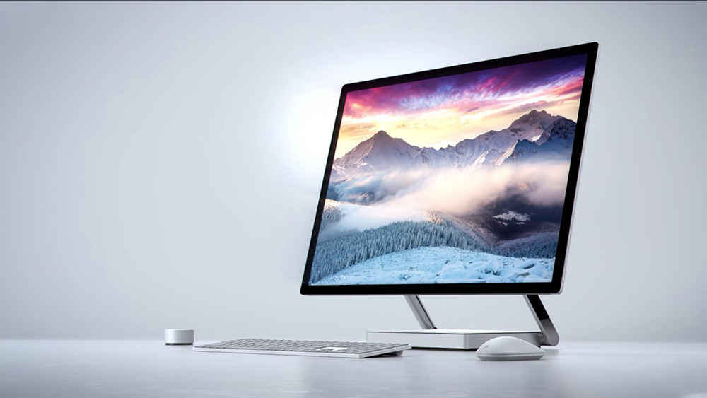 Takto vypadá nadupaný počítač od Microsoftu ve stylu iMacu
