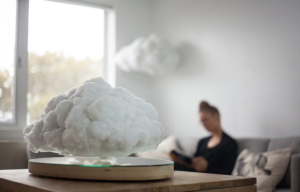 Making Weather: levitující mrak, který slouží jako stylový bytový doplněk a reproduktor