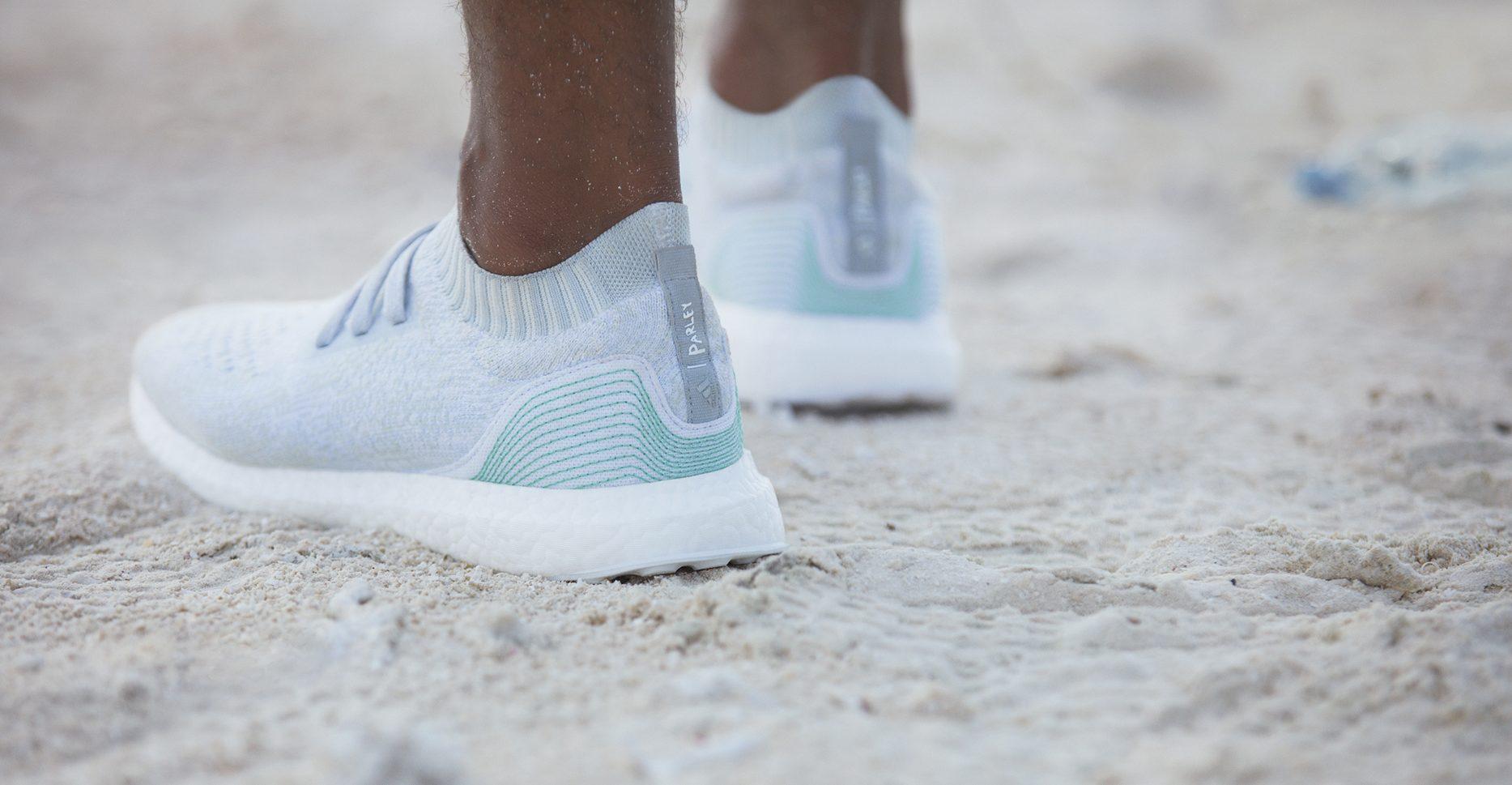 Adidas představil unikátní boty vyrobené z mořského odpadu ... fc3dc5aa3c