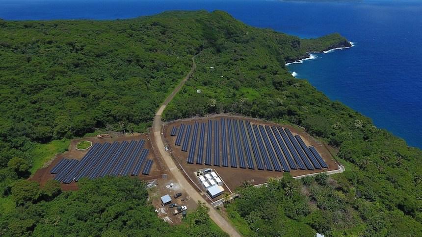 Elon Musk ukázal, jaké plány má se SolarCity a pomohl s napájením celého ostrova solární energií