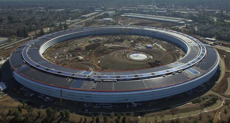 Nové sídlo Applu se začíná rýsovat do své finální podoby (video)