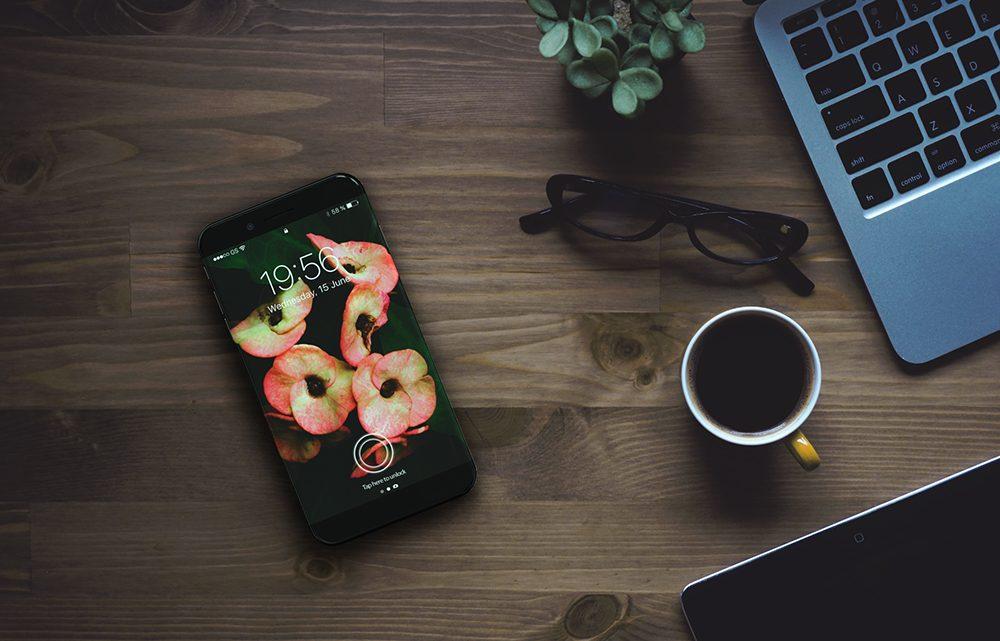 Takto by mohla vypadat podoba chystaného iPhonu 8, který by měl vyjít příští rok
