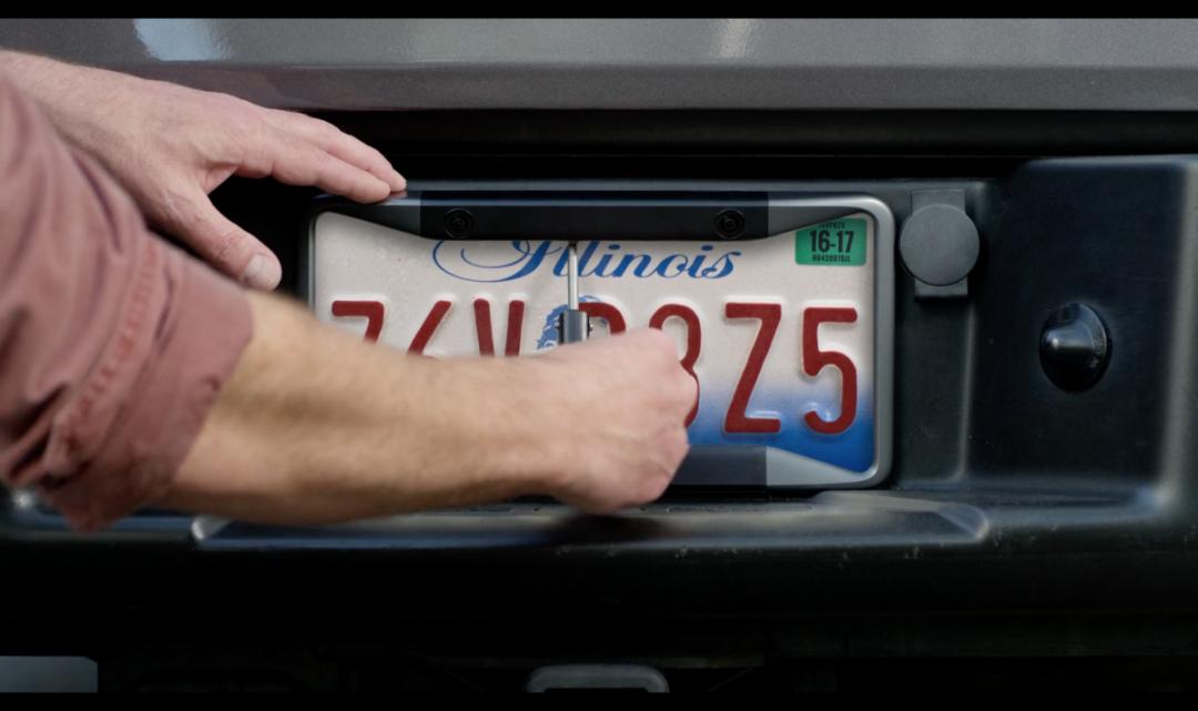 Bývalí zaměstnanci Applu založili startup, který vyrábí chytré doplňky pro auta