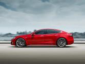 Tesla překročila další důležitou metu, vyrobila už 300 tisíc elektromobilů