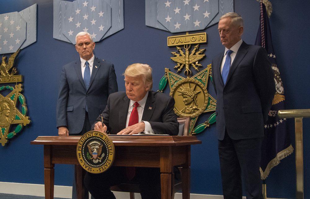 Tech osobnosti bojují proti nesmyslnému nařízení Donalda Trumpa k omezení imigrace