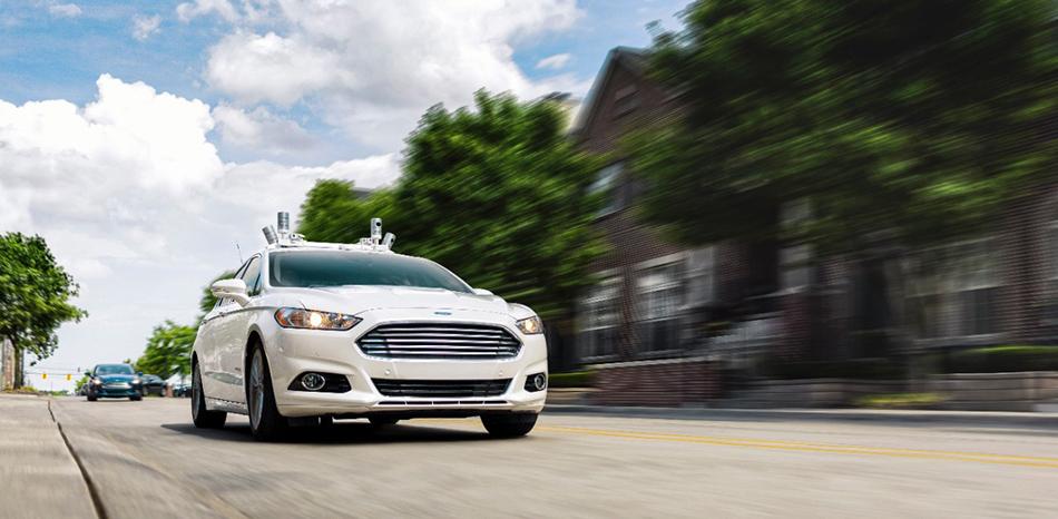 Ford investuje až 25 miliard do samořídící technologie, kterou navrhli lidé z Googlu a Uberu