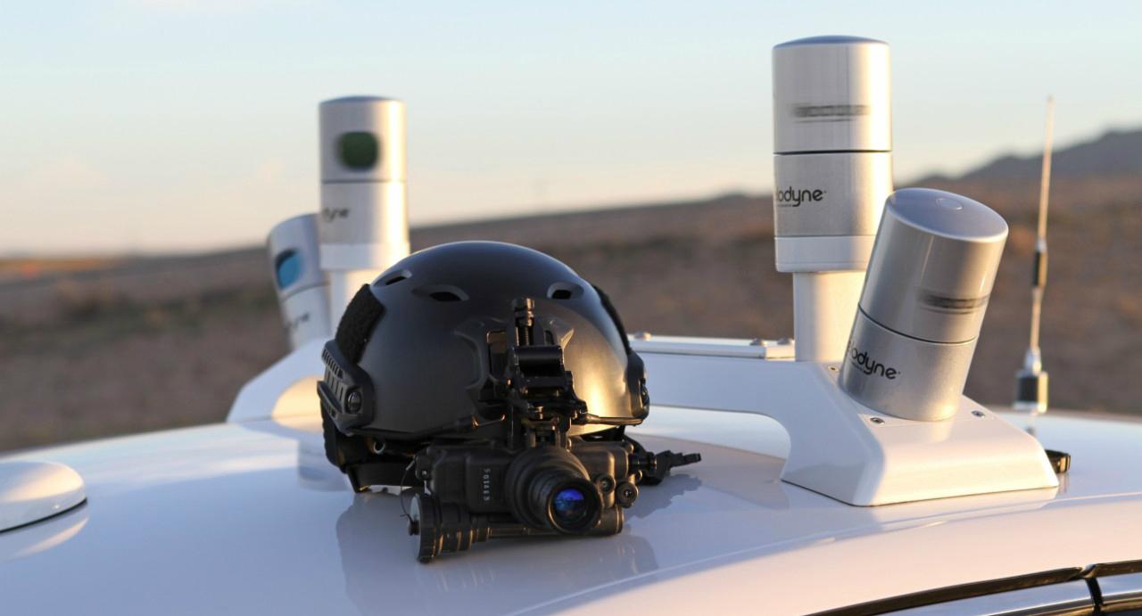 Přístroj pro noční vidění jako součást senzorů LIDAR.