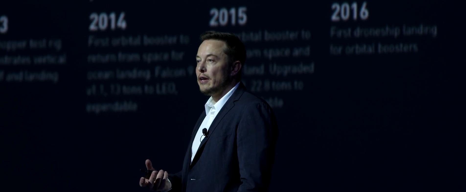 Elon Musk v září 2016