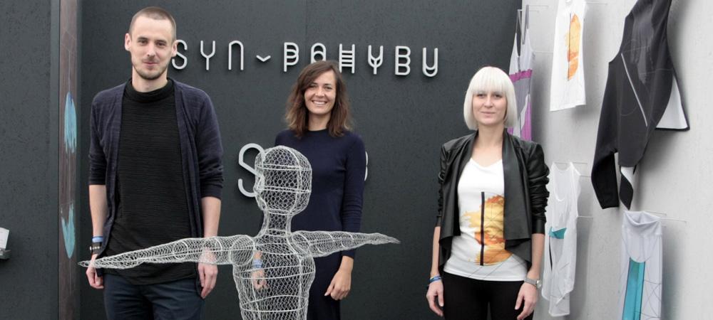 Zakladatelé českého fashion startupu SYN v pohybu: lidé už nechtějí podporovat nadnárodní značky