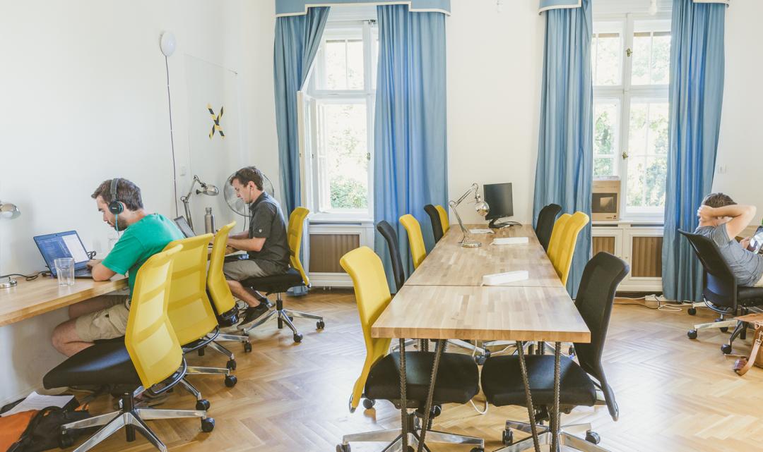 Pražský hackathon HackPrague láká na ceny ve výši 100 tisíc Kč a mentora z Facebooku