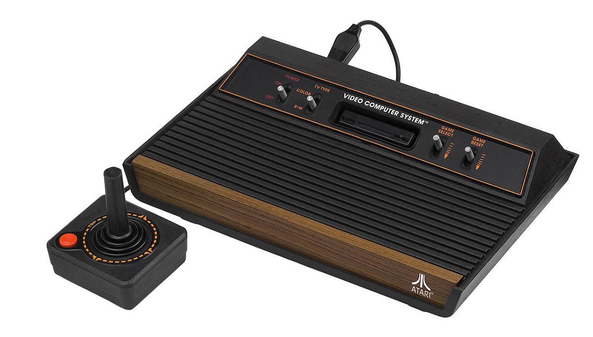 Kultovní herní konzole Atari 2600