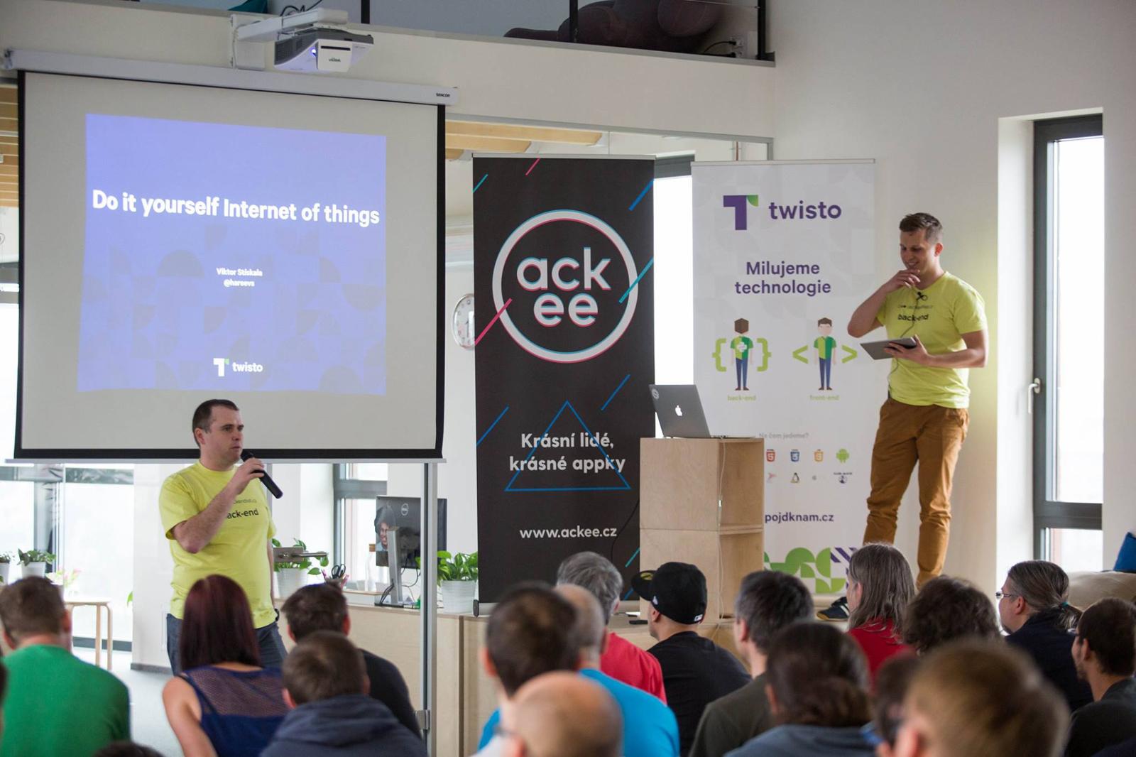 Backendisti #5 v kancelářích startupu Ackee