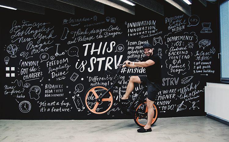 STRV a zakladatelé Kiwi.com investovali do bikesharingu Futupilot, který založil 19letý Slovák
