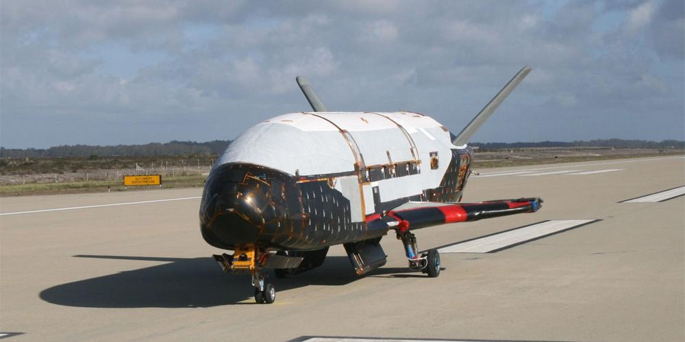 SpaceX Elona Muska získalo vládní kontrakt na start tajného armádního letounu