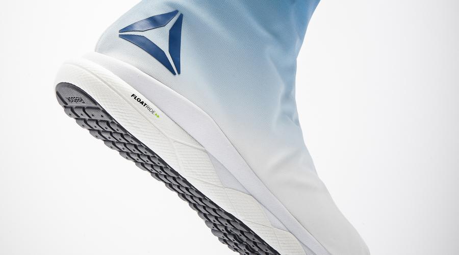 Podívejte se na revoluční, extrémně lehké boty, které Reebok vyvinul pro astronauty