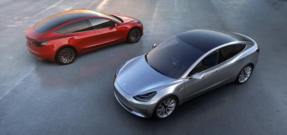 Tesla tento pátek začne vyrábět dlouho očekávaný Model 3