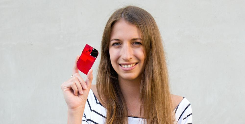 Studenti ČVUT vytvořili inovativní glukometr, se kterým vyhráli mezinárodní soutěž Microsoftu