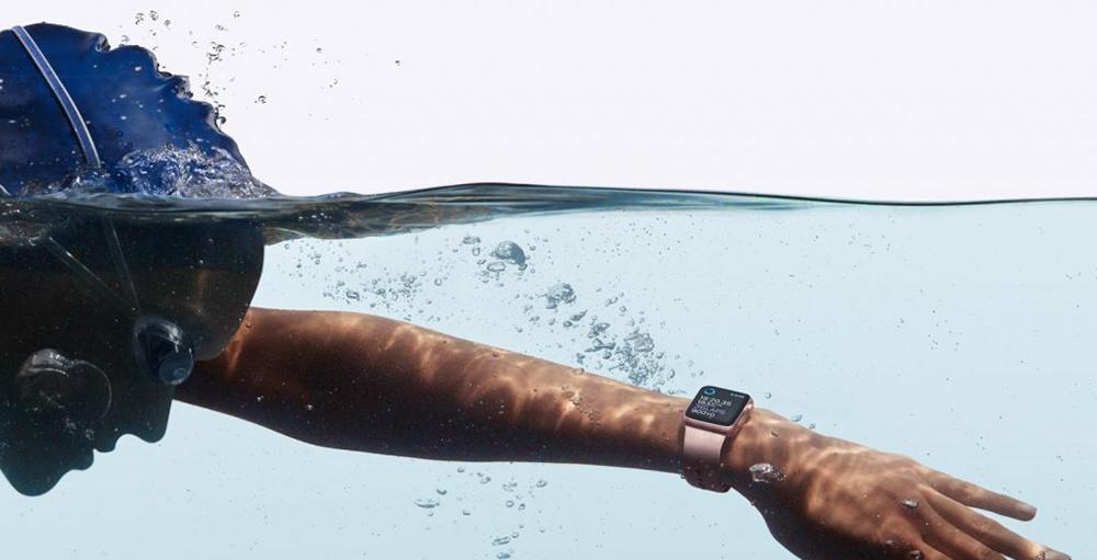Apple chystá Apple Watch, které bude možné kompletně používat bez nutnosti nosit s sebou iPhone