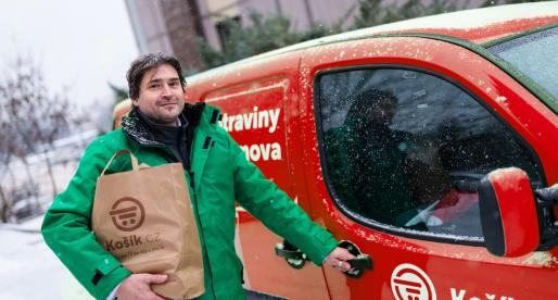 Online supermarkety otevřou i během svátků, Košík.cz vozí vánoční kapry až domů