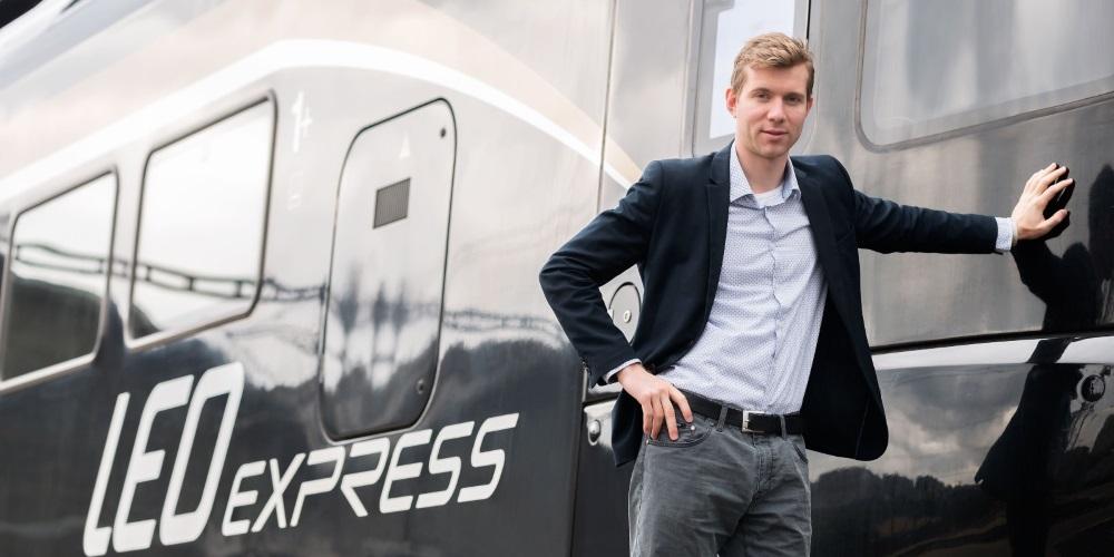 LEO Express Leoše Novotného se chce spojit s konkurencí RegioJet a odprodat většinový podíl