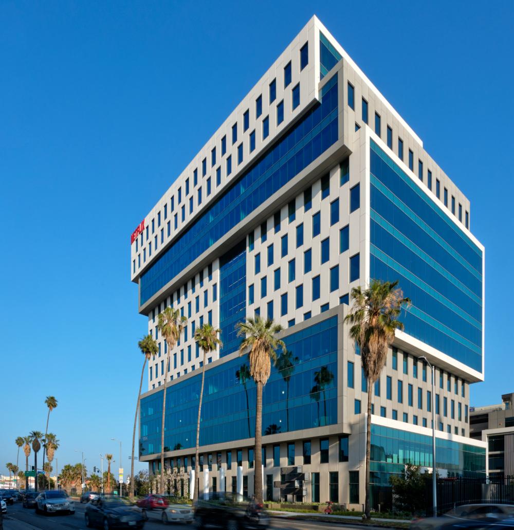 Nové ústředí společnosti v Hollywoodu