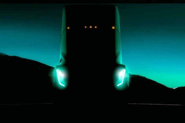 Takto by měl dle uniklé fotografie vypadat nový elektrický kamion Tesly
